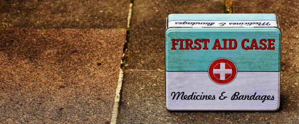 Emergency Preparedness: Building an Emergency Kit and 7 Things That Should Be in It